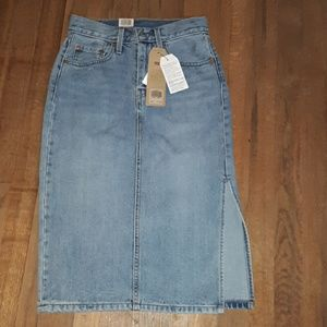 Levi's denim skirt with split on on side